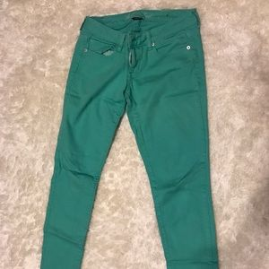 American Eagle Skinny jeans size 4 mint green